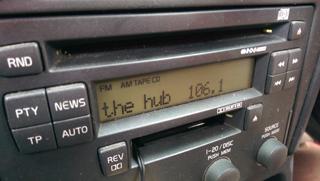 Hub FM radio set